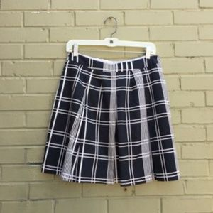 Banana Republic Shoort Skirt